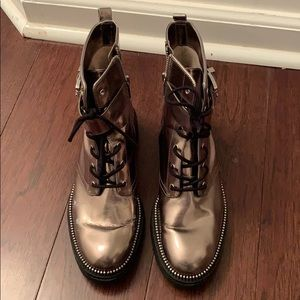 michale kors booties size 7.5 in great condition